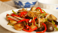 Fried Straw mushrooms with red and green pepper