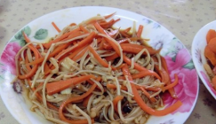 Feed your body with natural goodness: Fried carrot with Enoki mushrooms